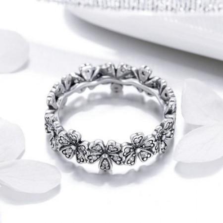 Sølv ring med blomster og zirconia