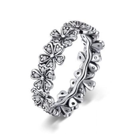 Sølv ring med blomster med stene