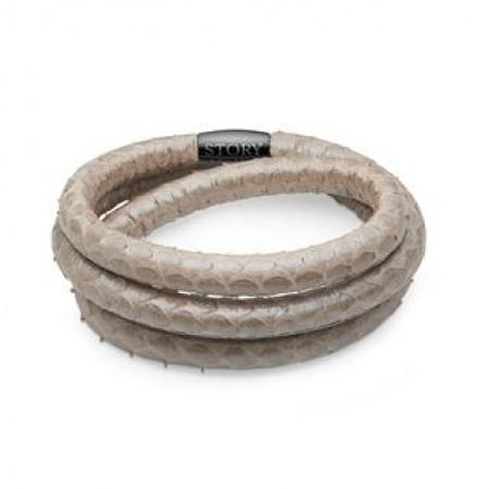 STORY slangeskindsarmbånd i grå perlemor