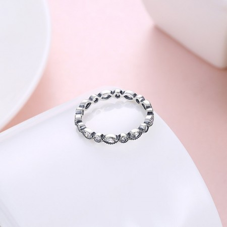 Sølv ring med stene