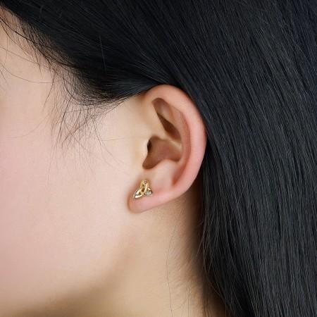 Øreringe forgyldt trinity knude med zirconia