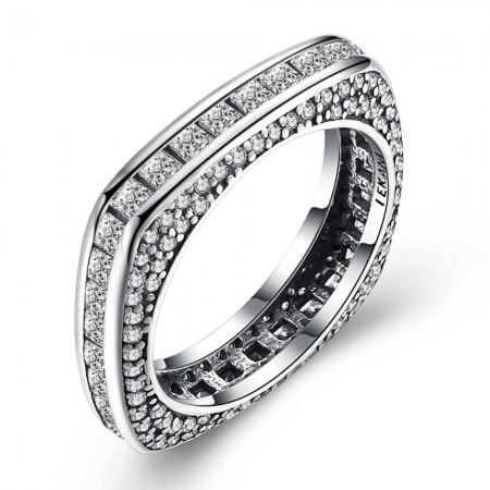 Sølv ring firkantet med zirconia