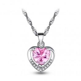 Sølv halskæde med hjerte vedhæng med zirconia stene.