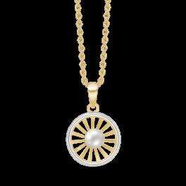 8 kt. guld halskæde Cirkel med streger og ferskvandsperle i midten. Kæden er sølvforgyldt i længde 42-45 cm.