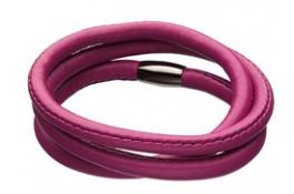 Lækkert STORY armbånd i pink lammeskind med magnetlås i stål.