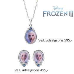 Disney Frost smykkesæt halskæde og ørestikker i sølv designet er oval med Elsa og syntetisk cubic zirconia.